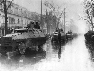 Armoured Cars Parade, University Avenue, [1916?]