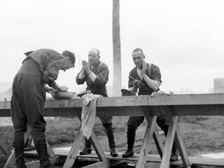 Soldiers Shaving at a WW1 Training Camp, Valcartier, Qu�bec, 1914.
