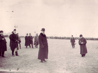 Sir Robert Borden Inspecting Troops at Fletcher�s Field, 1914