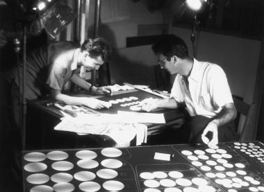 Ren� Jodoin and Norman McLaren work on the animated circles for the film Spheres/Sph�res.